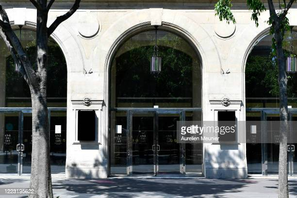 Closed doors at Hotel du Chatelet during the Coronavirus pandemic on May 06 2020 in Paris France The Coronavirus pandemic has spread to many...