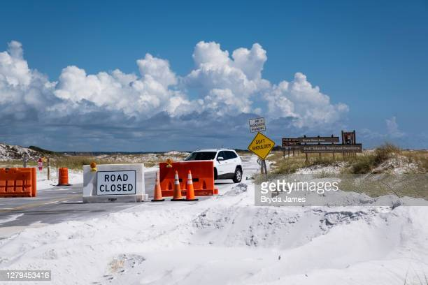 closed entrance to gulf islands national seashore - brycia james stock pictures, royalty-free photos & images