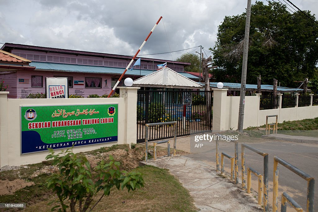 A closed primary school is seen in Tanjung Labian, in the areas where suspected Philippine militants are holding off near Lahad Datu on the Malaysian island of Borneo on February 18, 2013. Followers of a Philippine sultan who crossed to the Malaysian state of Sabah this month will not leave and are reclaiming the area as their ancestral territory, the sultan said on February 17 amid a tense standoff.