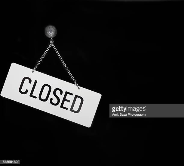 'Closed' shop sign