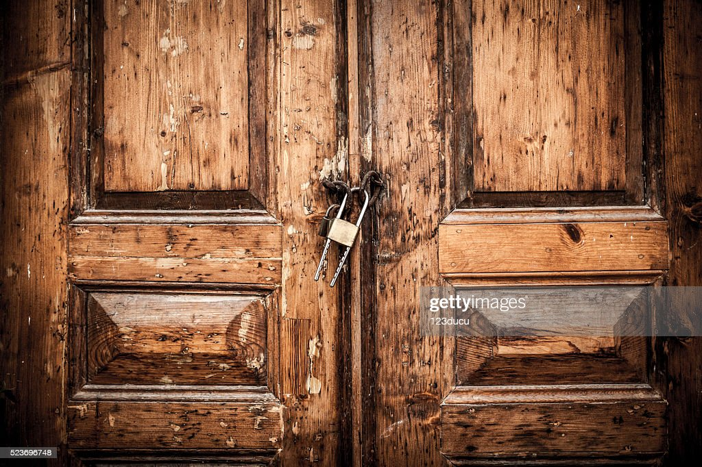 ... Closed Wood Door ... & Free closed door Images Pictures and Royalty-Free Stock Photos ...