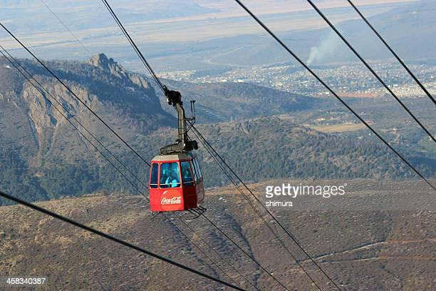 vista de perto para o red gôndola -cerro catedral-patagônia - catedral - fotografias e filmes do acervo