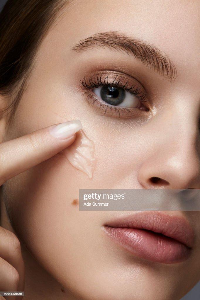 close-up beauty care : Stock Photo