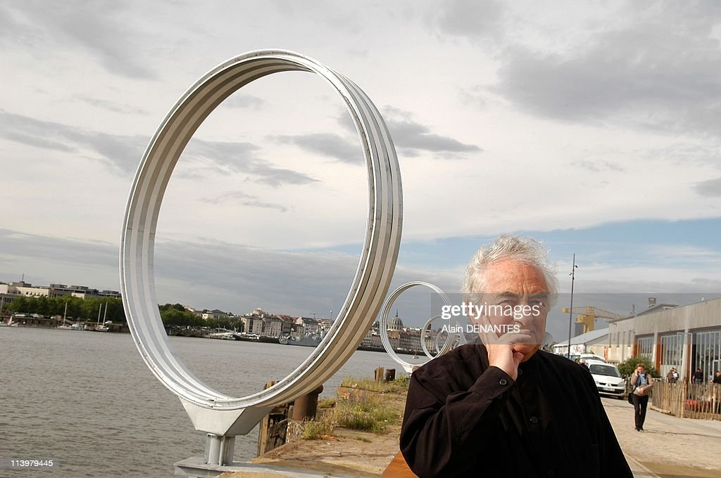 Close-up Daniel Buren artist, before his new work Les Anneaux in Nantes, France on June 01, 2007- : News Photo
