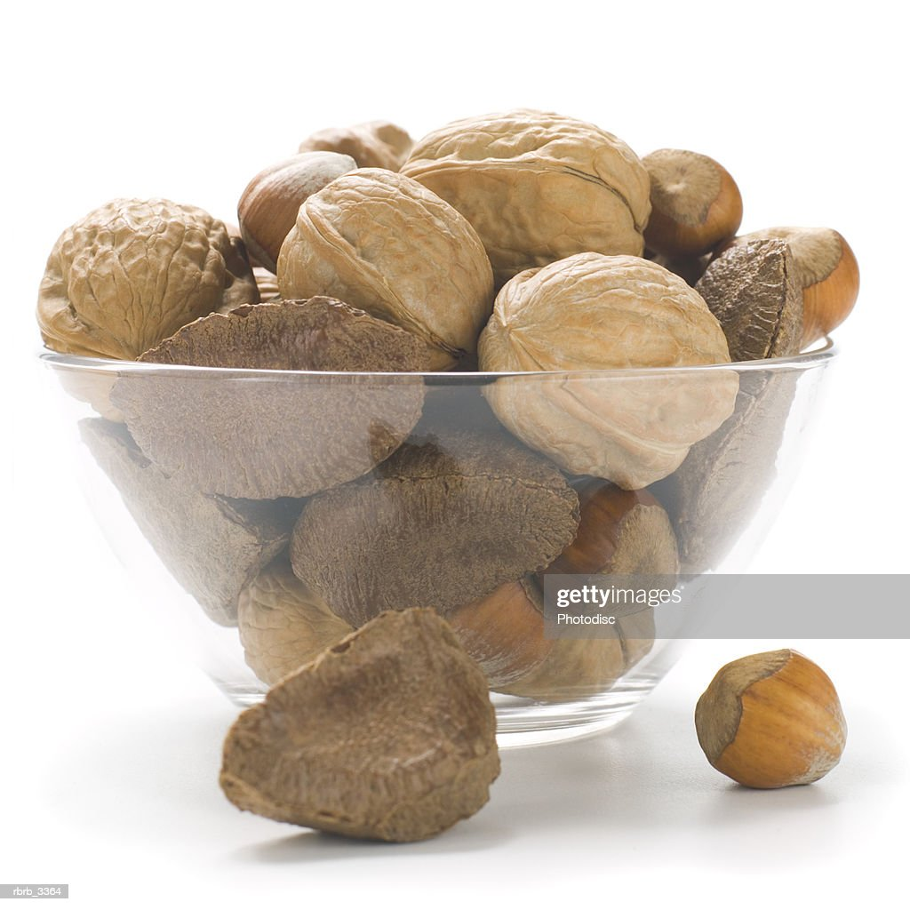 Close-up of a bowl of assorted nuts : Foto de stock