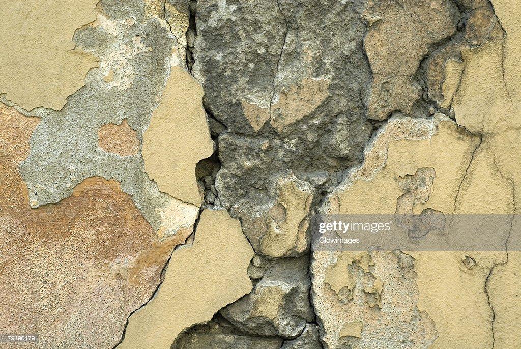 Close-up of a cracked wall : Foto de stock