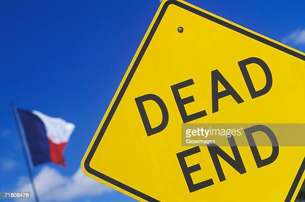 close-up of a dead end sign, texas, usa - texas independence day stock pictures, royalty-free photos & images