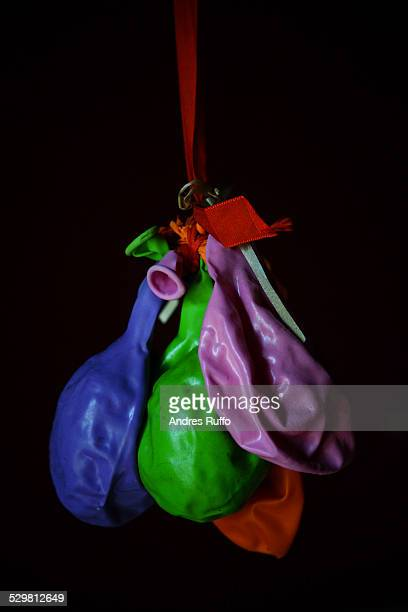 closeup of a group of deflated balloons isolated - andres ruffo fotografías e imágenes de stock