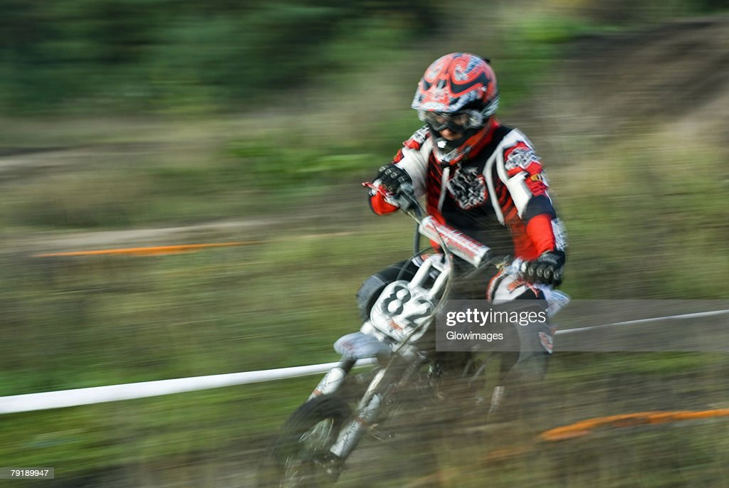 Close-up of a man on a racing bike : Foto de stock