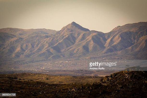 closeup of a mountaintop in villa carlos paz - andres ruffo stock pictures, royalty-free photos & images