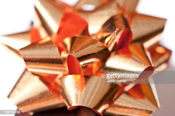 close-up of a rose gold decoration - ローズゴールド ストックフォトと画像