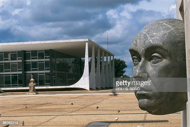 Close-up of a sculpture in front of a courthouse, Juscelino Kubitschek Monument, Goias, Brasilia, Brazil