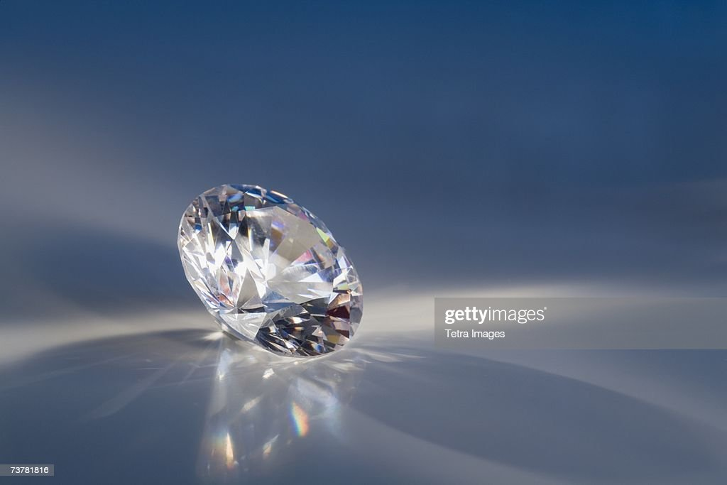 Close-up of a sparkly clear faceted gem : ストックフォト