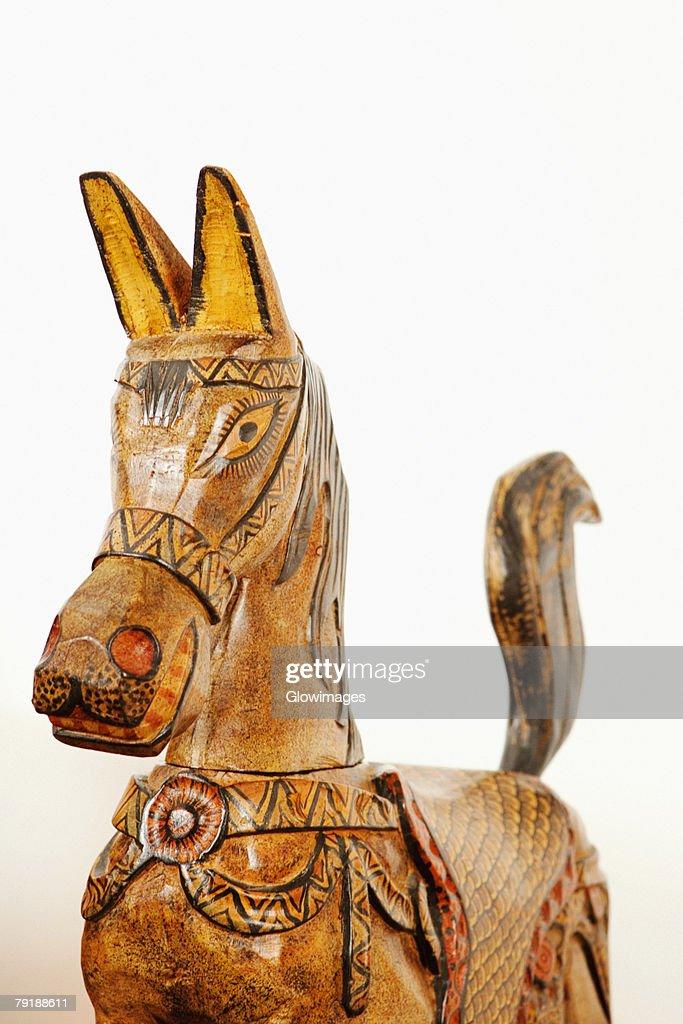 Close-up of a wooden horse : Foto de stock