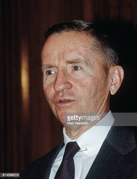 Close-up of American businessman and US Presidential candidate Ross Perot as he addresses a National Press Club luncheon, Washington DC, November 17,...
