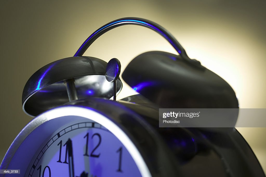 Close-up of an alarm clock : Foto de stock