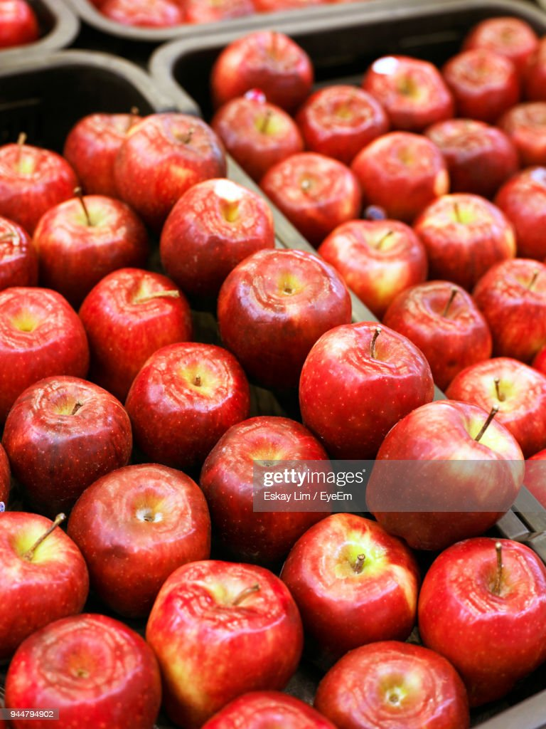 Close-Up Of Apples For Sale : Stock Photo
