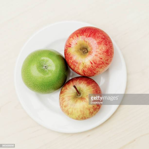 close-up of apples on a plate