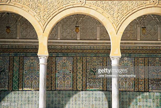 close-up of arches and decorated walls, zaouia of sidi sahab, kairouan, tunisia, north africa, africa - kairwan stock pictures, royalty-free photos & images