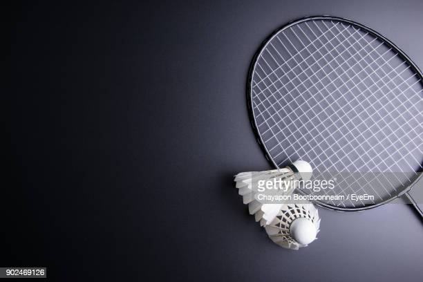 close-up of badminton and shuttlecock on table - badminton stock photos and pictures