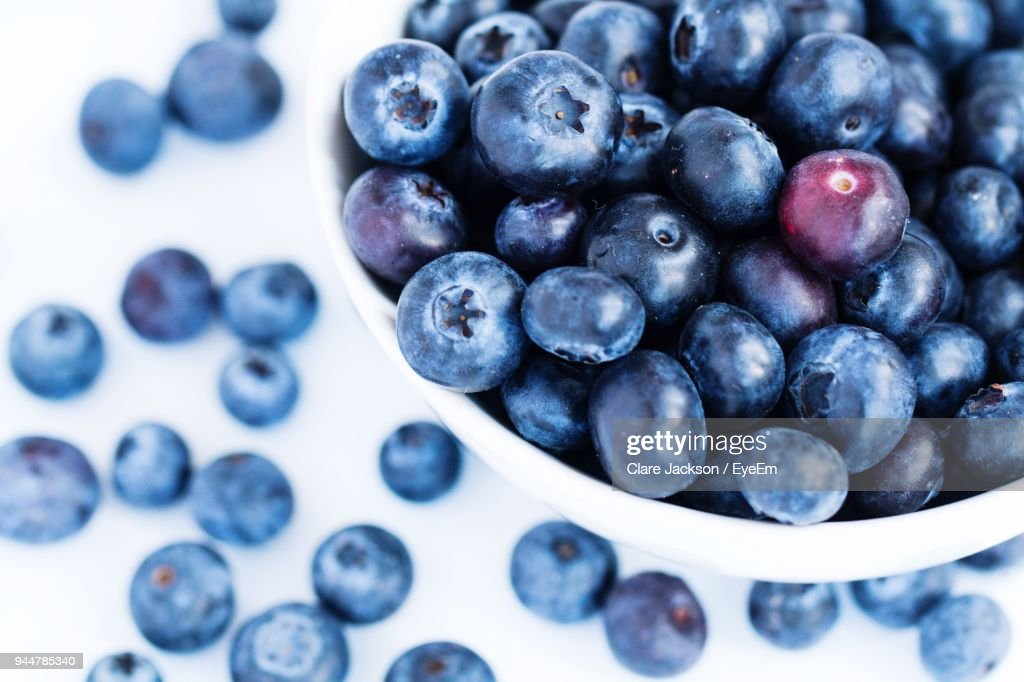 Close-Up Of Blueberries In Container : Stock Photo