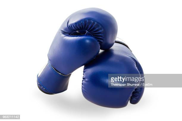 close-up of boxing gloves on white background - boxing gloves stock pictures, royalty-free photos & images