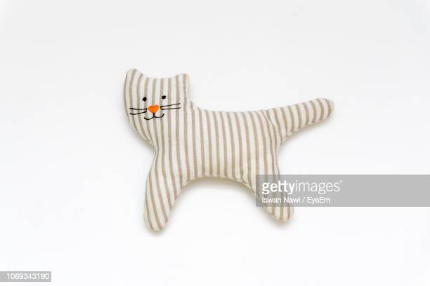 close-up of cat toy against white background - stuffed toy stock pictures, royalty-free photos & images