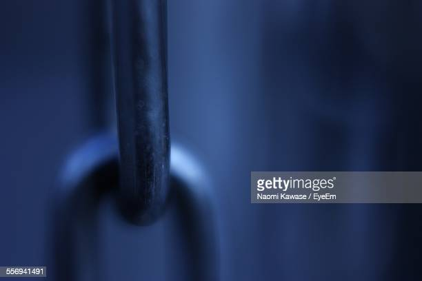 close-up of chain links - link chain part stock photos and pictures