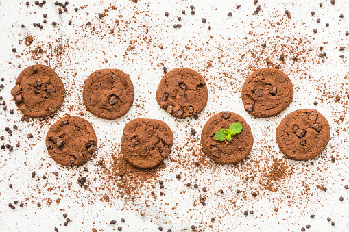 Close-Up Of Chocolate Chip Cookies On Table - gettyimageskorea