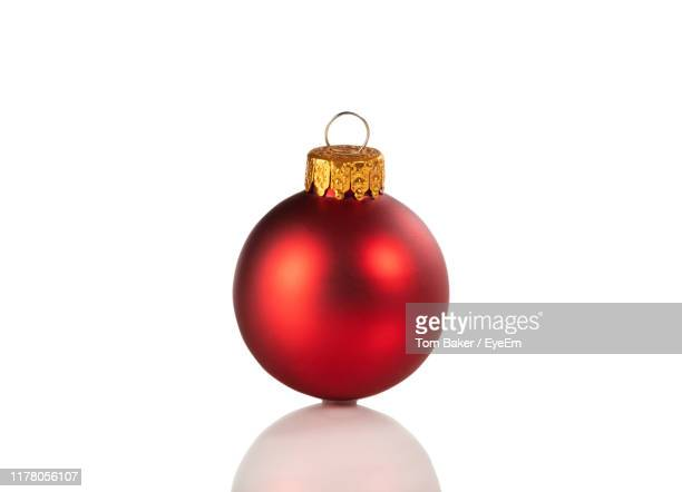 close-up of christmas decoration against white background - クリスマスボール ストックフォトと画像