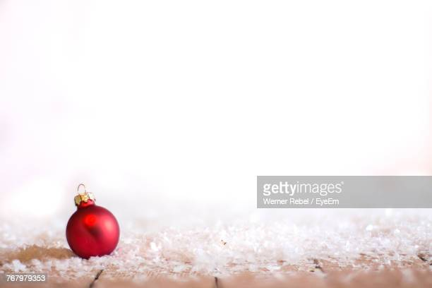 close-up of christmas ornaments on white background - focus on background stock pictures, royalty-free photos & images