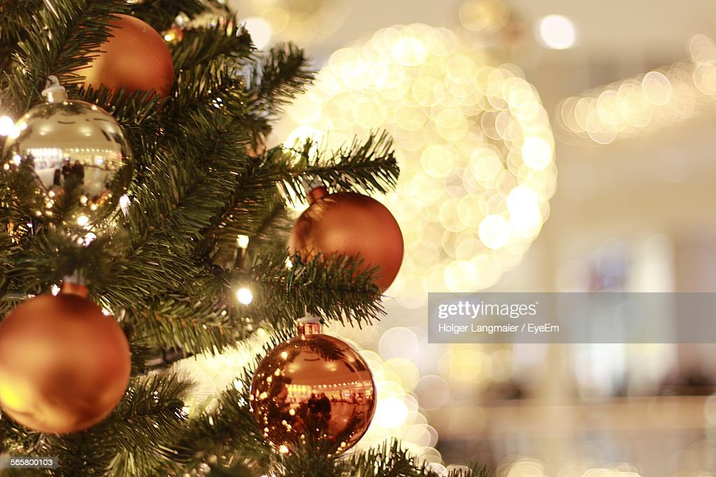 Close-Up Of Christmas Tree Decoration Indoors : Stockfoto
