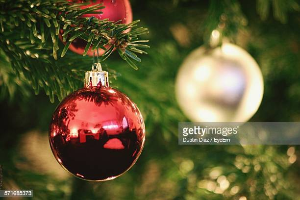 close-up of christmas tree - christmas decoration stock pictures, royalty-free photos & images