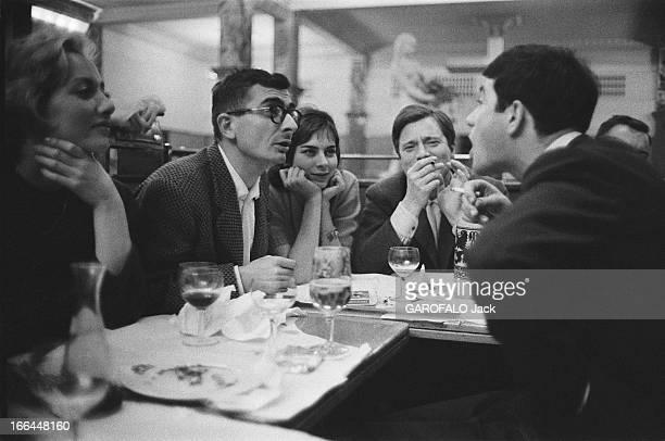 CloseUp Of Claude Chabrol Diner à la Coupole Claude CHABROL tient tête au héros de son film 'Les cousins' JeanClaude BRIALY l'amuseur de la bande en...