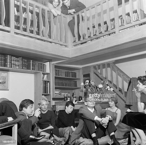 Close-Up Of Claude Chabrol. Mars 1959 Claude CHABROL chez lui à Neuilly, dans l'appartement-atelier où il élabore ses films, avec l'équipe des...