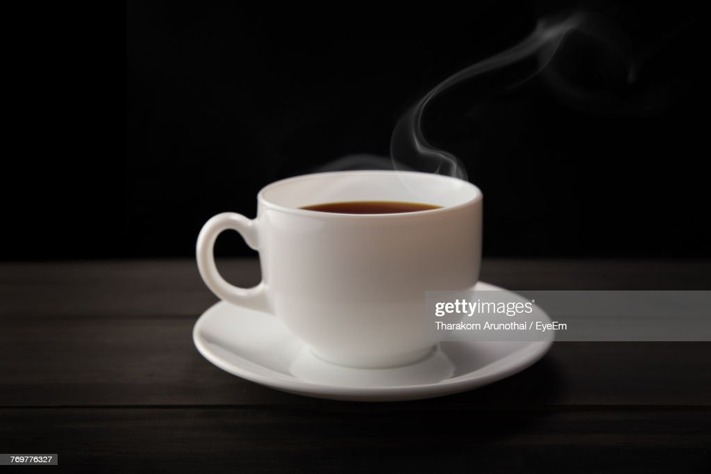 Close-Up Of Coffee Cup On Table : Stock-Foto