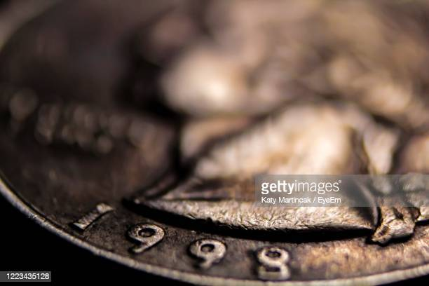 close-up of coin - twenty five cent coin stock pictures, royalty-free photos & images
