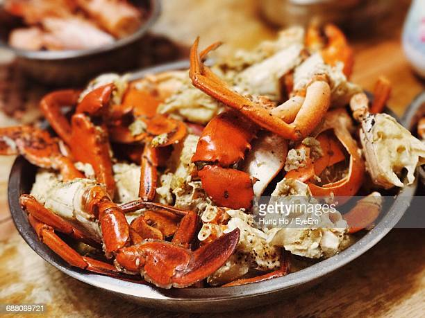 close-up of crab legs - crab leg stock photos and pictures
