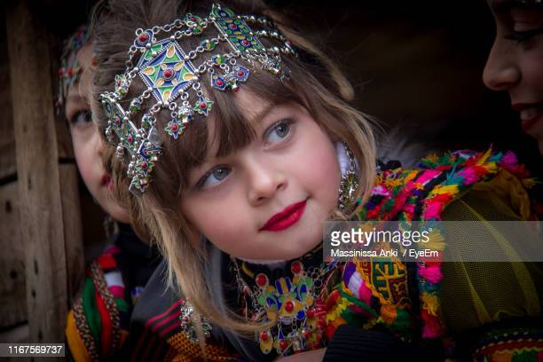 close-up of cute girl wearing traditional clothing - algerie photos et images de collection