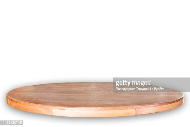 close-up of cutting board against white background - cutting board stock pictures, royalty-free photos & images