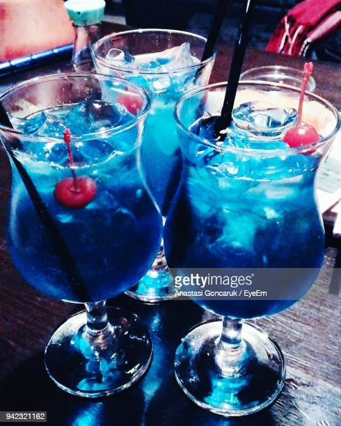 close-up of drink in glasses on table - anastasi foto e immagini stock