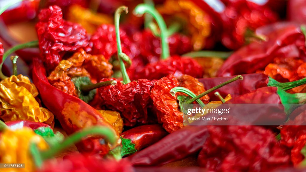 Close-Up Of Dry Red Chili Peppers : Stock Photo