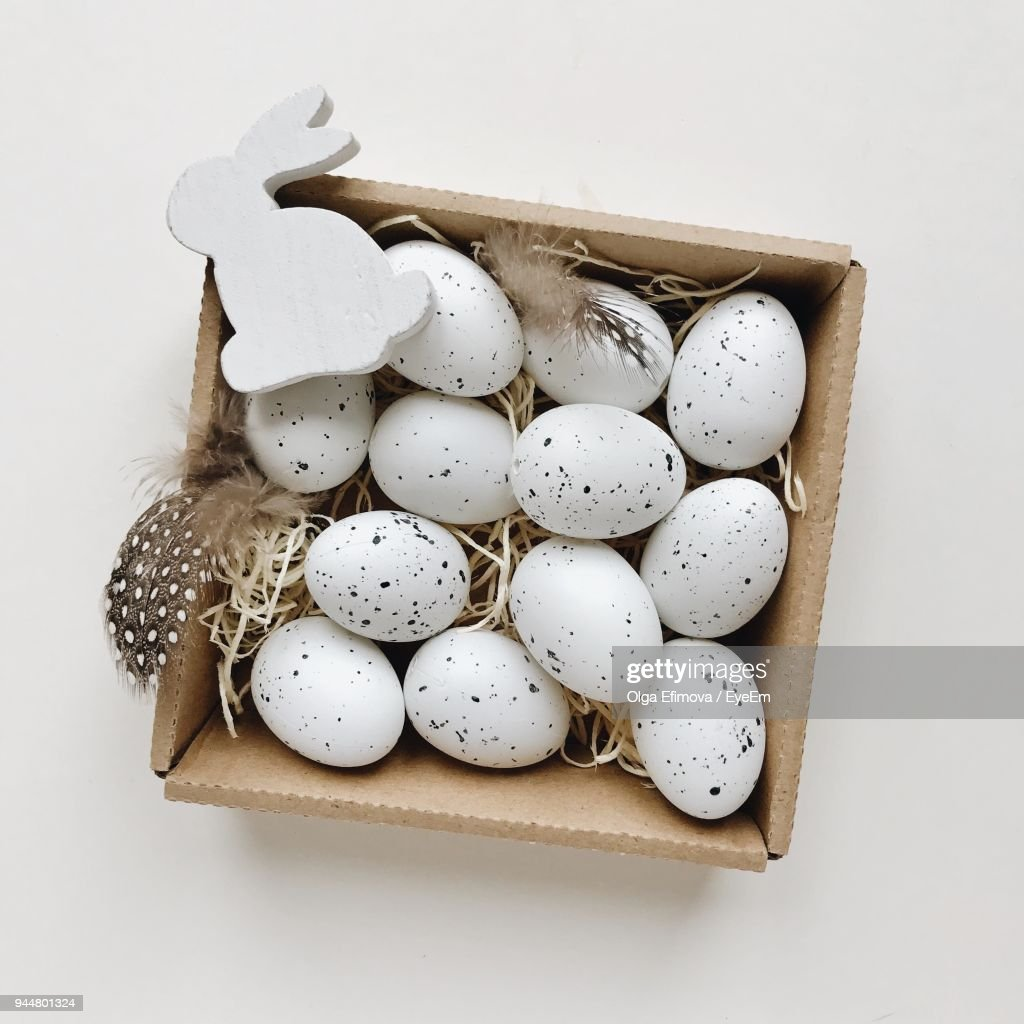 Close-Up Of Eggs In Container On Table : Stock Photo