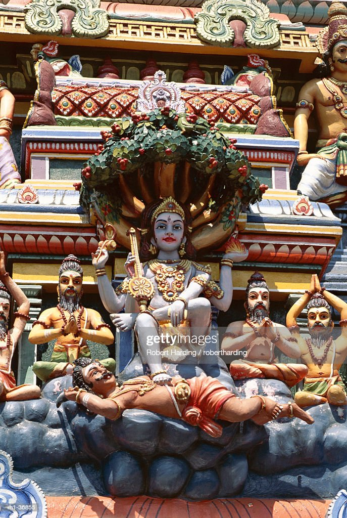 Close-up of exterior of ornate Hindu Temple, Colombo, Sri Lanka, Asia : Foto de stock