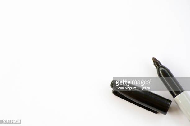 close-up of felt tip pen over white background - felt tip pen stock pictures, royalty-free photos & images