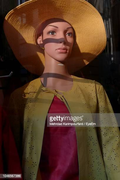 close-up of female mannequin with hat in store - female likeness stock pictures, royalty-free photos & images
