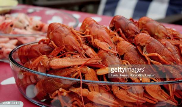 Close-Up Of Fresh Lobsters In Bowl