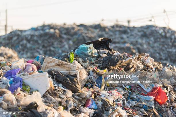 close-up of garbage - garbage dump stock pictures, royalty-free photos & images