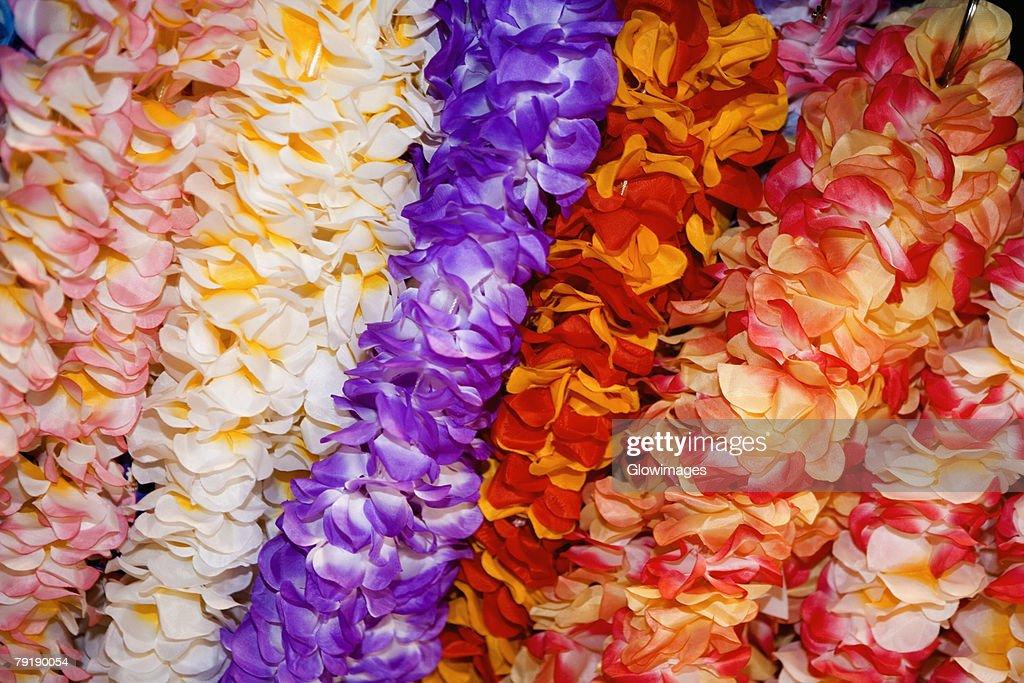 Close-up of garlands in a row : Foto de stock