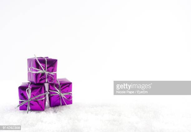 close-up of gifts on snow - fake snow stock pictures, royalty-free photos & images
